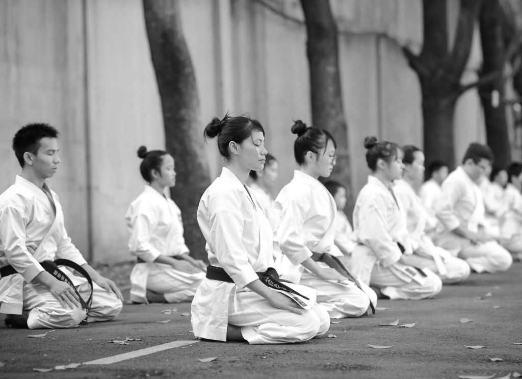 What makes of karate-dō such a life-changing practice 2021